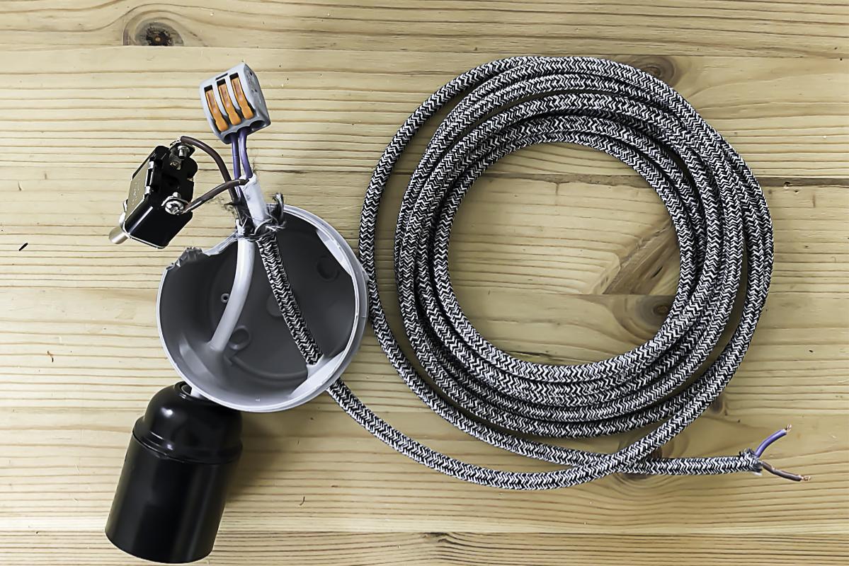 Partie 5 de la réalisation du DIY lampe en béton