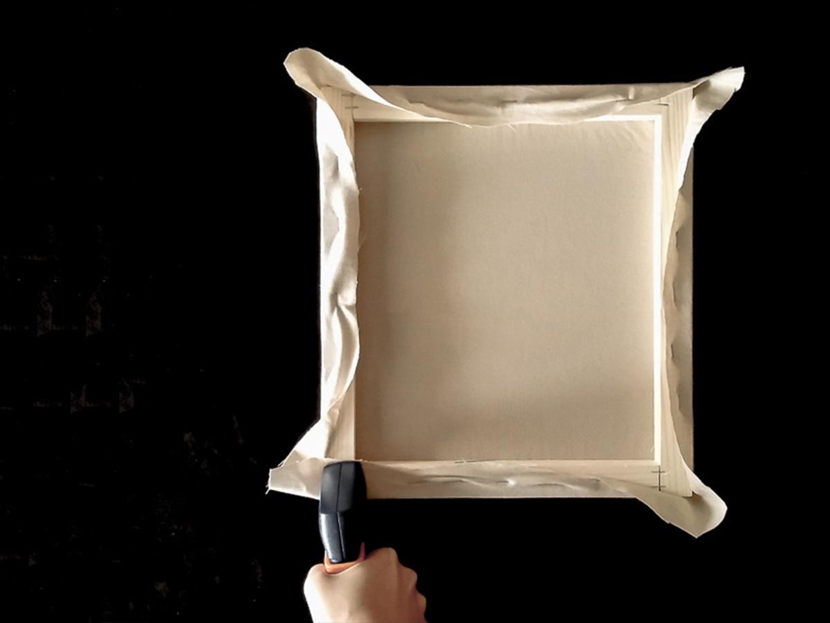 DIY toile brodée fixation tissu partie 8