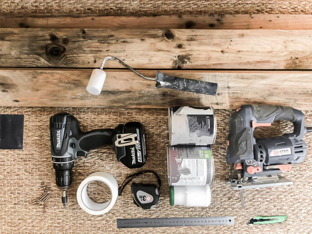 Matériel pour la déco murale en bois recyclé