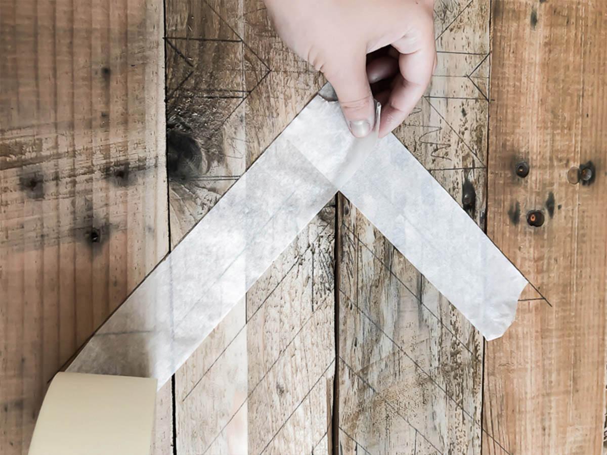 Déco murale en bois recyclé DIY 8